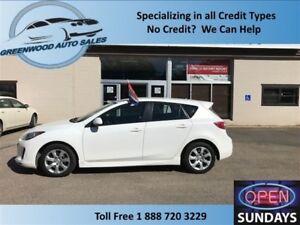 2013 Mazda Mazda3 SKY ACTIVE! PRICED TO MOVE! CALL NOW!