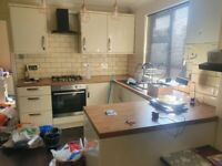 Cheap Complete Modern Fitted Kitchen (appliances available too)