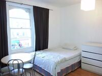 Shepherds Bush 115\WEEK, 5min to Westfield, Large Double Room, 5 MIN Close to underground
