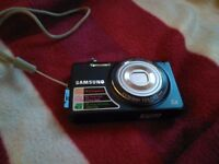 Samsung Digital Camera 14.2 megapixel very good condition. OFFERS