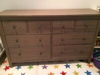 Large Hemnes dresser in excellent condition for -60% discount