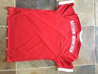 Signed Bayern Munich 17/18 football shirt