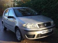 FIAT PUNTO 1.2 **ONLY DONE 47K** IDEAL 1ST CAR** LOW INSURACE BAND** MOT EXPIRES OCTOBER 2018**