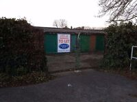 Garages to Rent: Spout Lane, Stanwell Moor - GATED SITE - ideal for storage/ car etc, available now