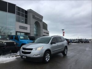 2010 Chevrolet Traverse LS, Sirius, Rear Air, 3rd Seat, Clean Ca