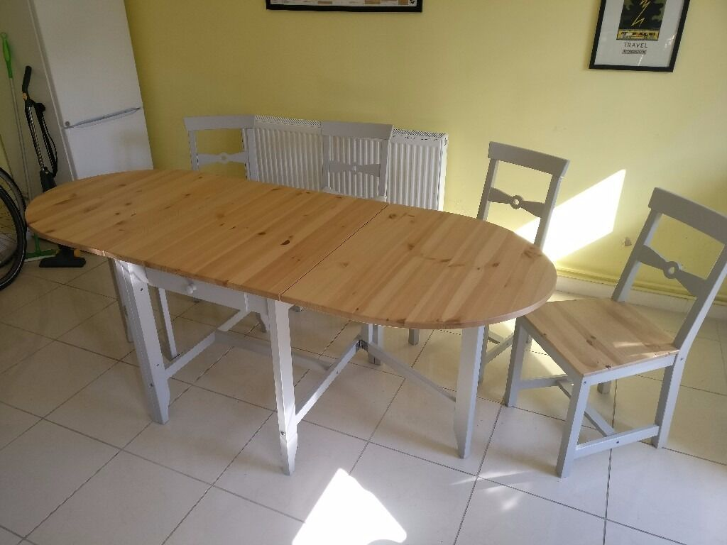 Expandable dining table with four chairs Ikea Gamleby  : 86 from www.gumtree.com size 1024 x 768 jpeg 73kB