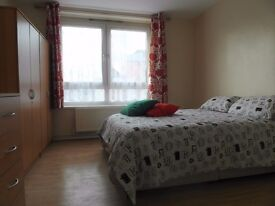 Double room available in Bromley by bow station. £170pw all incl