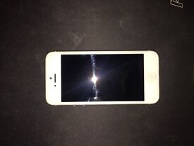 iPhone 5 White 64gb - Unlocked - Phone Only