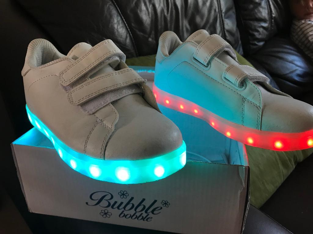WHITE LED LIGHT UP TRAINERS  cbc5d994fd4a