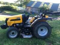 JCB compact tractor 331hst diesel mid mounted cutting deck