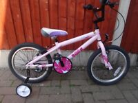"""GIRLS BIKE 18"""" WHEELS KINX GREAT CONDITION COMES WITH REMOVABLE STABILISERS"""