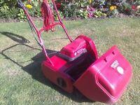 Suffolk Punch electric cylinder lawn mower 14