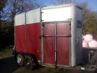 Ifor Williams horse trailer 505 red