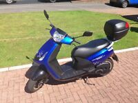 2013 Peugeot Vivacity 3 Sportline 50cc in excellent condition (moped/scooter)