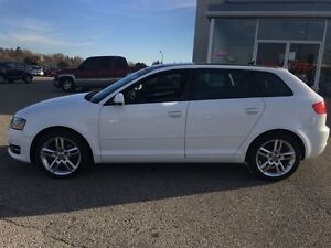 2012 Audi A3 2.0T Pano roof Heated Leather Alloys Kitchener / Waterloo Kitchener Area image 3