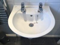 Ideal 500 bathroom sink &taps