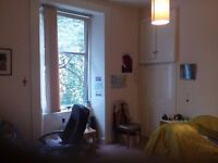 !!TAKEN!! Looking for a flatmate for all female flat in the West End next to Glasgow University