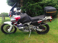Honda XRV750 AFRICA TWIN, 1997, only 17k miles! New MOT, Full luggage, Excellent all round