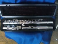 Yamaha 211 flute..Professionally serviced with 6 month warranty..Superb unmarked condition.