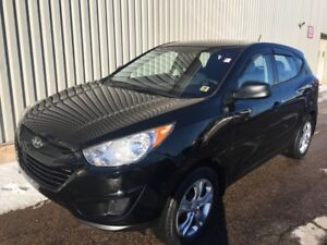 2013 Hyundai Tucson L MANUAL EDITION WITH VERY LOW KMs AND EX...