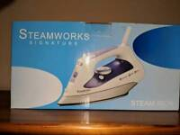Steam Iron, New, Boxed