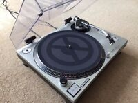 1 x Technics SL-1200 Mk2 Turntable With Original Lid & Technics Needle