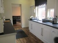 All Inclusive Rooms To Rent in Quiet and Clean 6 Bedroom House Fenham