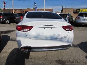 2015 Chrysler 200 Limited   HEATED POWER SEATS London Ontario image 6