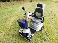 Quingo plus scooter cost £4000 used twice can deliver