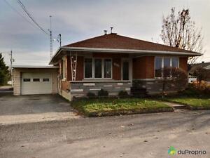 174 800$ - Bungalow à vendre à Ste-Hélène-De-Bagot Saint-Hyacinthe Québec image 2