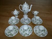 Stunning Wedgeood Wild Strawberry 6 piece Coffee Service