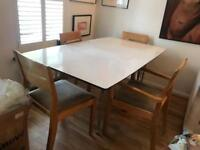Extendable White Dining / Kitchen Table 170-270cm long