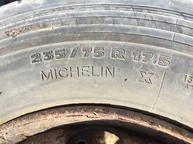 Tyres for sail