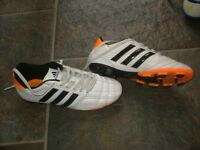 JUNIOR SIZE 4 ADIDAS WHITE FOOTBALL BOOTS, GOOD CONDITION