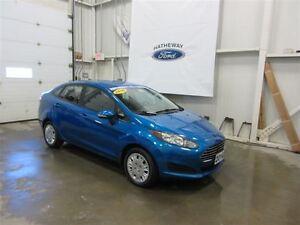 2014 Ford Fiesta SE+ 4 WINTER TIRES