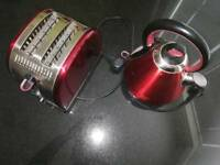 Russle Hobs Toaster and kettle