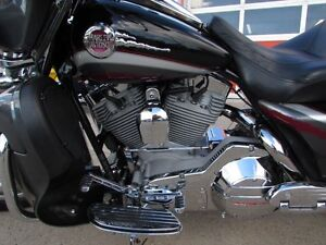 2006 harley-davidson FLHTCUSE4 CVO Ultra Classic Electra Glide   London Ontario image 15
