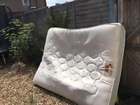 Freeeeee king size mattress
