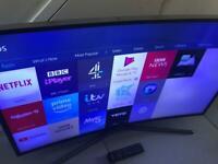 "40"" Samsung curved smart"