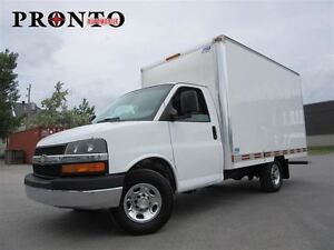 2011 Chevrolet Express 3500 3500 Cube 12 pieds