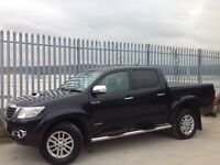 2013 TOYOTA HILUX D/C 3.0 D4-D INVINCIBLE AUTO 4X4 BLACK ++ LOW MILEAGE!!! ++ FSH!!! ++
