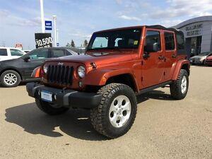 2014 Jeep Wrangler Unlimited Sahara 4WD *Navigation* *Heated Clo