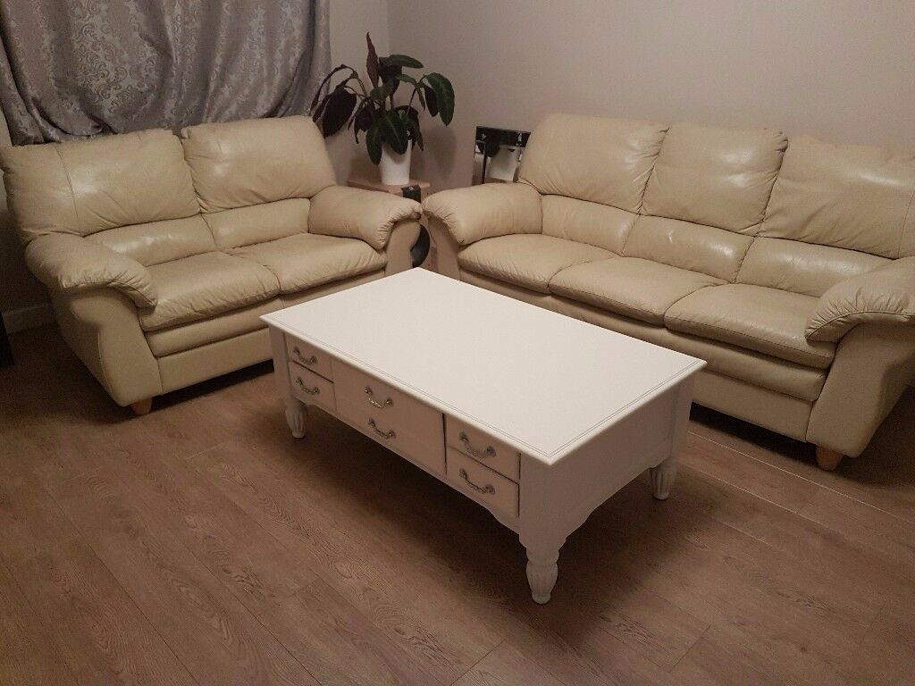 3+2 seater cream leather suite sofas