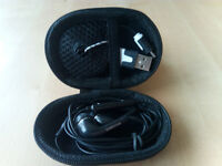 Hard Storage Case With Samsung Earphones & Micro USB Black