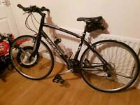 Specialized sirrus hybrid bike like new