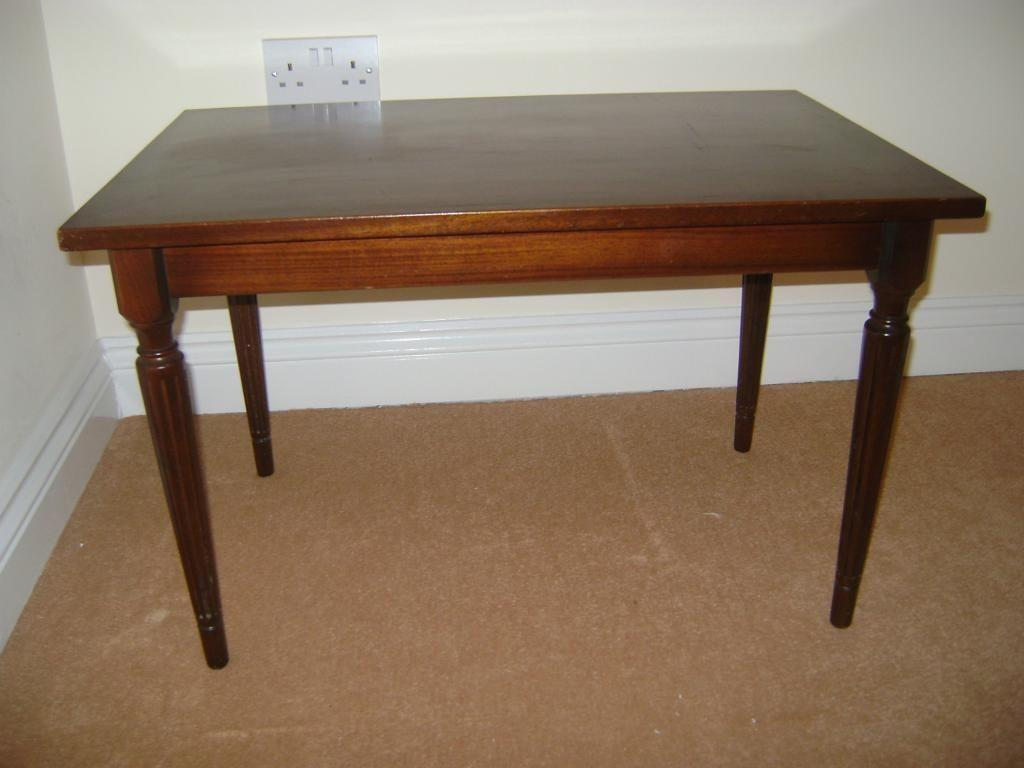 Wooden vintage coffee table in southampton hampshire for Coffee tables gumtree