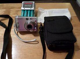 Sony Digital Camera DSC-S90 (Cyber shot)