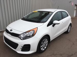 2017 Kia Rio5 LX+ AWESOME HATCHBACK EDITION WITH LOW KMs, FAC...