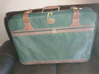 Suitcases/2 25 years old never been used