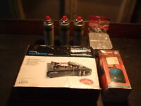 Scarfell Rock Single ring camping stove with 3 spare butane refills, gas lamp & new mess tins.